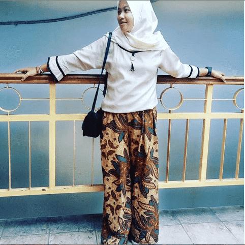 college-girl-hijab Top 20 Hijab Styles 2019 Every Hijabi Should Know