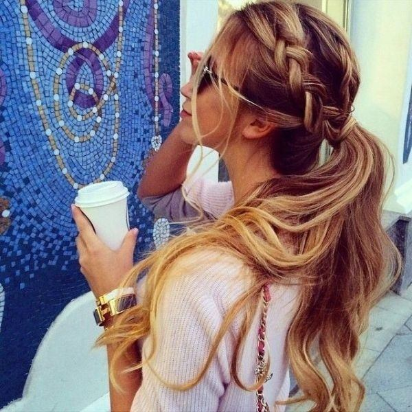cool-high-school-party-look 25 Suitable Hairstyles for Petite Women