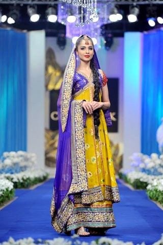 dholkidressesideas Dholki Outfits-20 Ideas What to Wear on Dholki/Sangeet Night