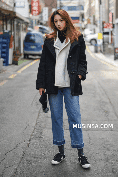 korean-street-fashion 25 Cute Outfits for Skinny Girls-Ideas What to Wear being Skinny