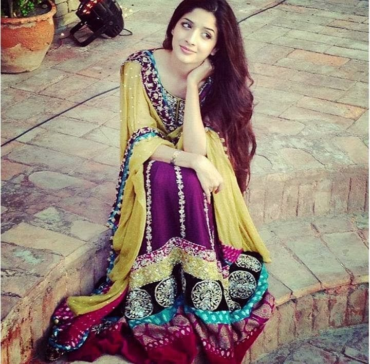 latest-bridal-mehndi-dresses-2015 Dholki Outfits-20 Ideas What to Wear on Dholki/Sangeet Night