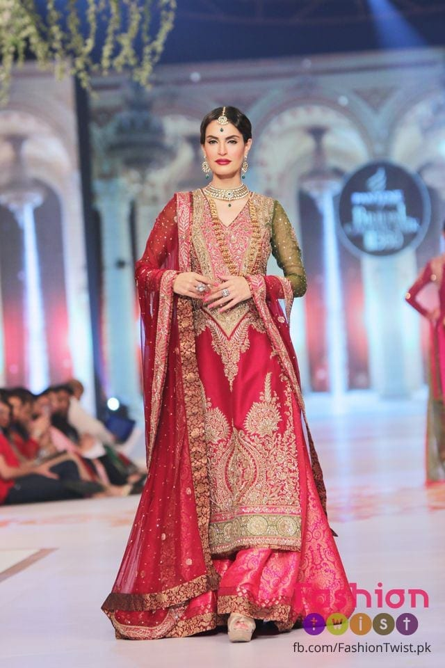 pakistani-latest-bridal-dress-6 Bridal Sharara Designs-32 News Designs and Styles to Try