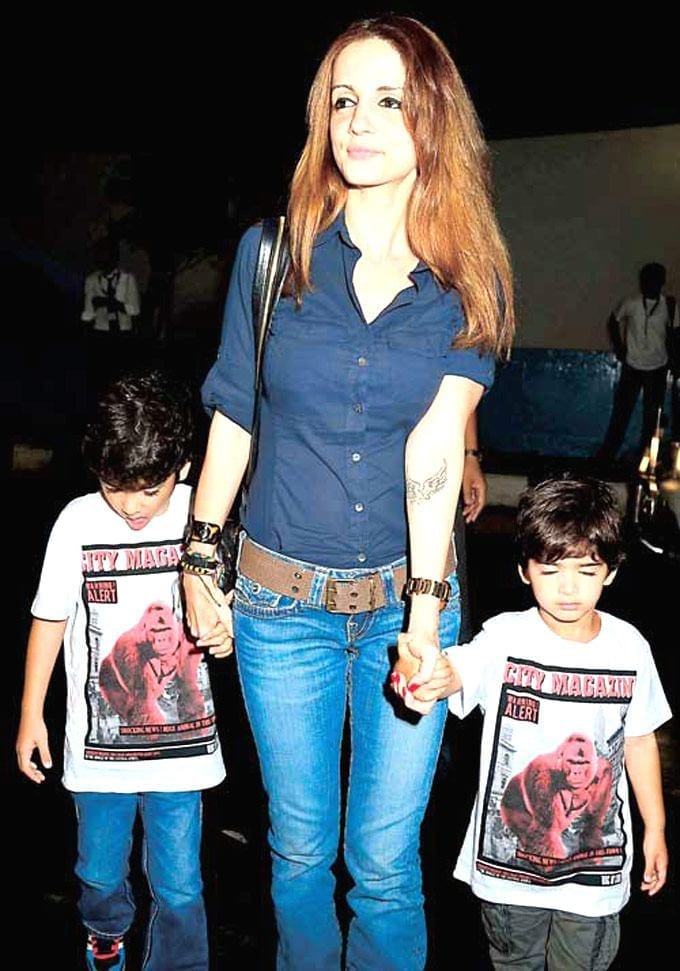 roshan-family-1 Bollywood Celebrity Kids-15 Most Stylish Kids in India 2019