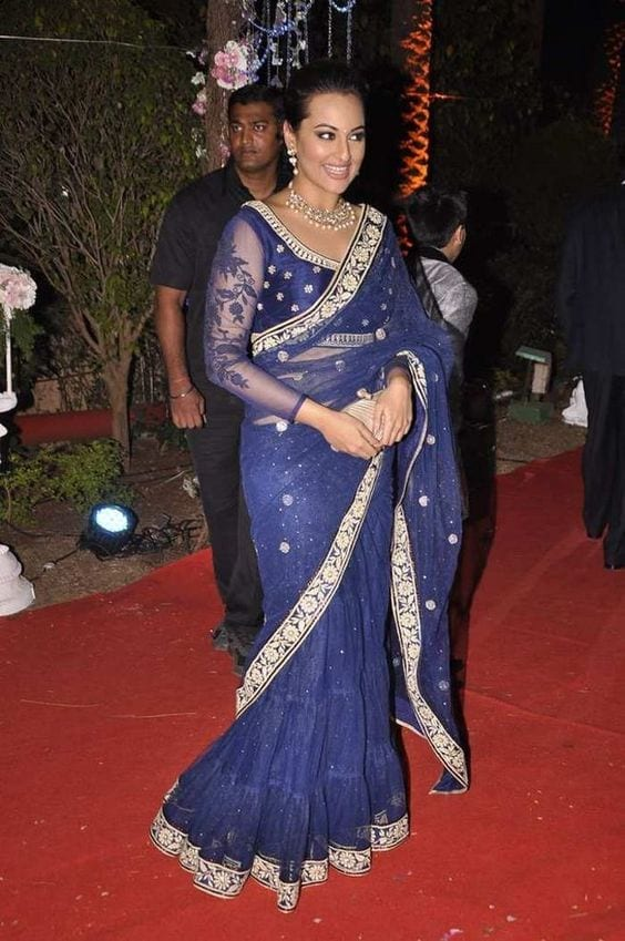 sonaksi 20 Best Sarees for the Mothers of The Bride this Year 2016
