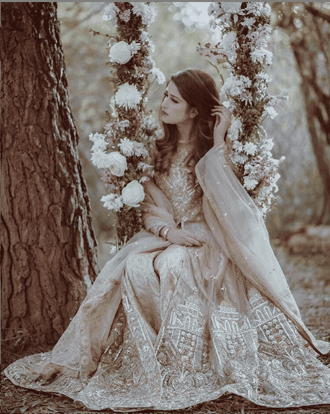 the-puffy-organza-cloak-style Bridal Sharara Designs-32 News Designs and Styles to Try