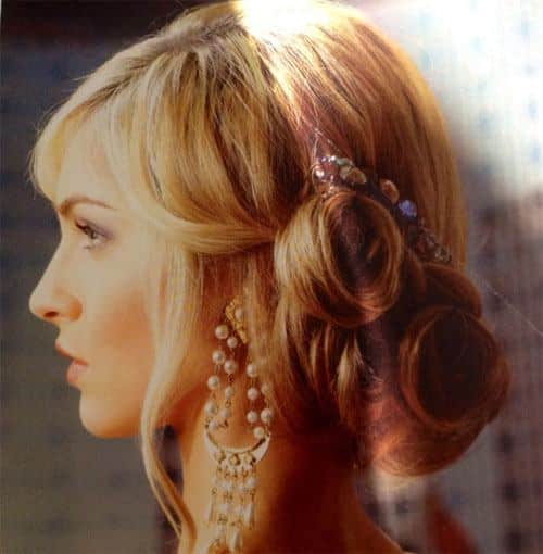 wedding-hair-for-thin-girls 25 Suitable Hairstyles for Petite Women