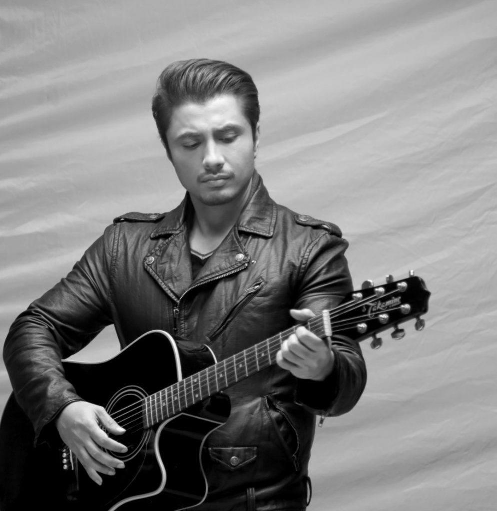 Ali-Zafar-Urainge-Music-Video-995x1024 Ali Zafar Pictures - 20 Most Stylish Pictures of Ali Zafar