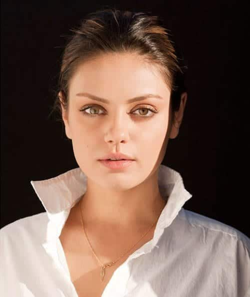 Mila-Kunis-Looks-Pretty-for-Venice-Magazine-1 Top 13 Best Makeup Styles From The Most Beautiful Celebrities