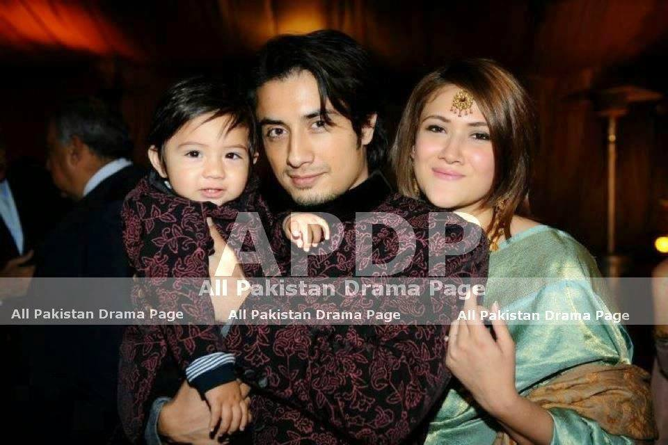 ali-zafar-with-wife-and-son Ali Zafar Pictures - 20 Most Stylish Pictures of Ali Zafar