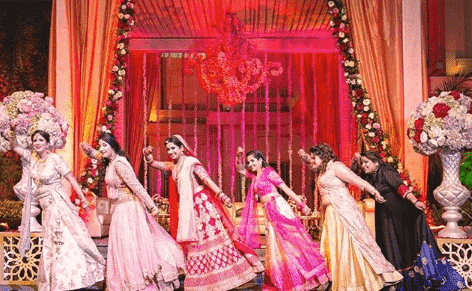 bridesmaid-lehengas-2 Latest Bridesmaid Lehenga Designs-25 New Styles To Try In 2019