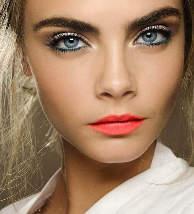 caradelevingnemakeuptutorials1-1 Top 13 Best Makeup Styles From The Most Beautiful Celebrities