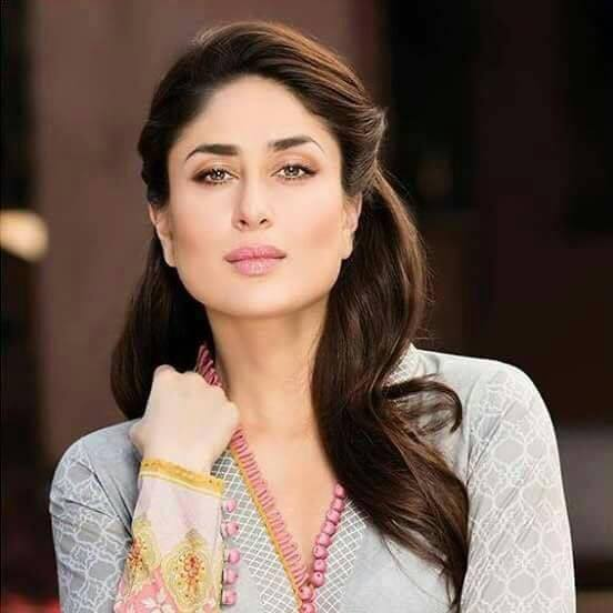kareena-kapoor-khan Bollywood Actresses Swag-15 Best Swag Looks of Bollywood Actresses