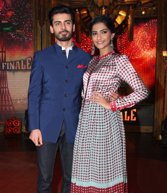 khoobsurat-on-the-sets-of-eklkbk Fawad Khan Dressing Styles-27 Best Outfits of Fawad Khan to Copy