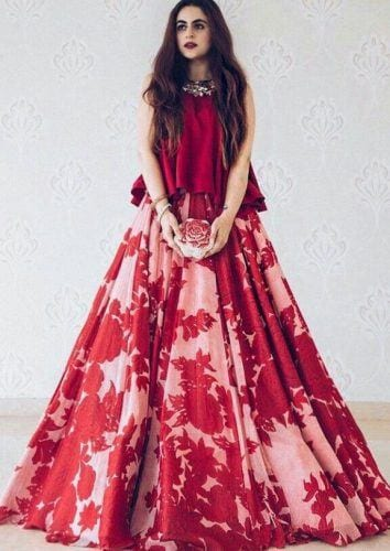 manish-malhotra-bridesmaid-lehnga-354x500 Latest Bridesmaid Lehenga Designs-25 New Styles To Try In 2019