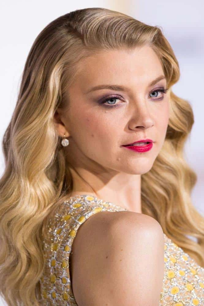natalie-dormer-85b5ad723d77a52d0500de7777b0cadadb2d3060-1.jpg.pagespeed.ce_.Cp4d0y448I-1 Top 13 Best Makeup Styles From The Most Beautiful Celebrities