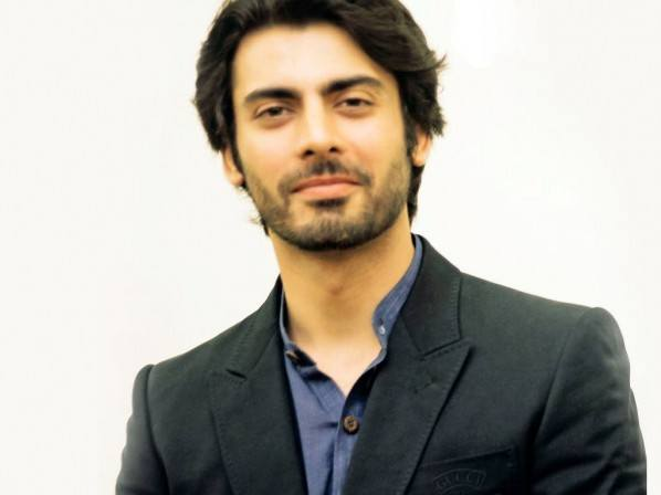 pushed-back-hair Fawad Khan Hairstyles-18 Top Haircuts of Fawad Khan of all time