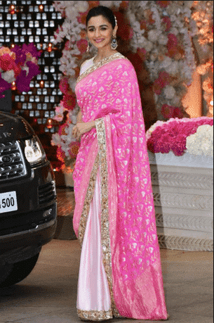 saree-designs-for-mother-of-the-bride-10 20 Best Saree Ideas for Mothers of The Bride 2019