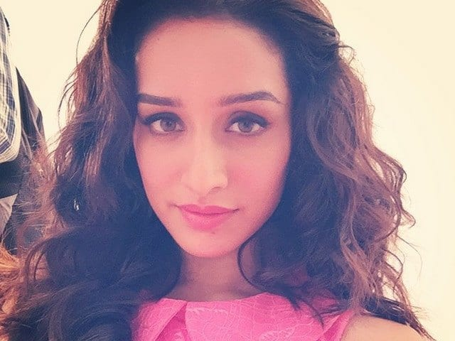 shraddha-kapoor_640x480_41427358452 Bollywood Actresses Swag-15 Best Swag Looks of Bollywood Actresses