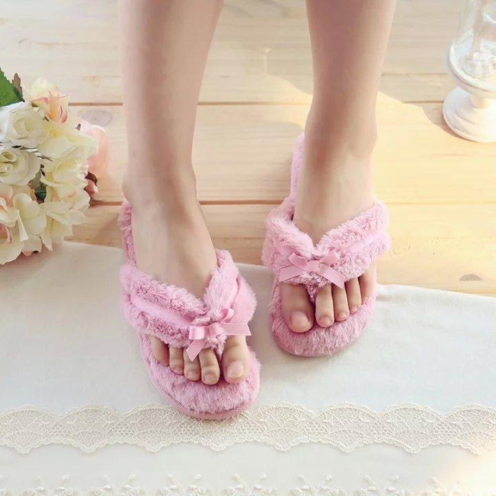funky-slippers-5 Funky Slippers For Girls-These 30 Coolest Slippers you Must Try