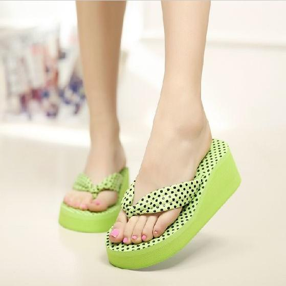 funky-slippers-89 Funky Slippers For Girls-These 30 Coolest Slippers you Must Try