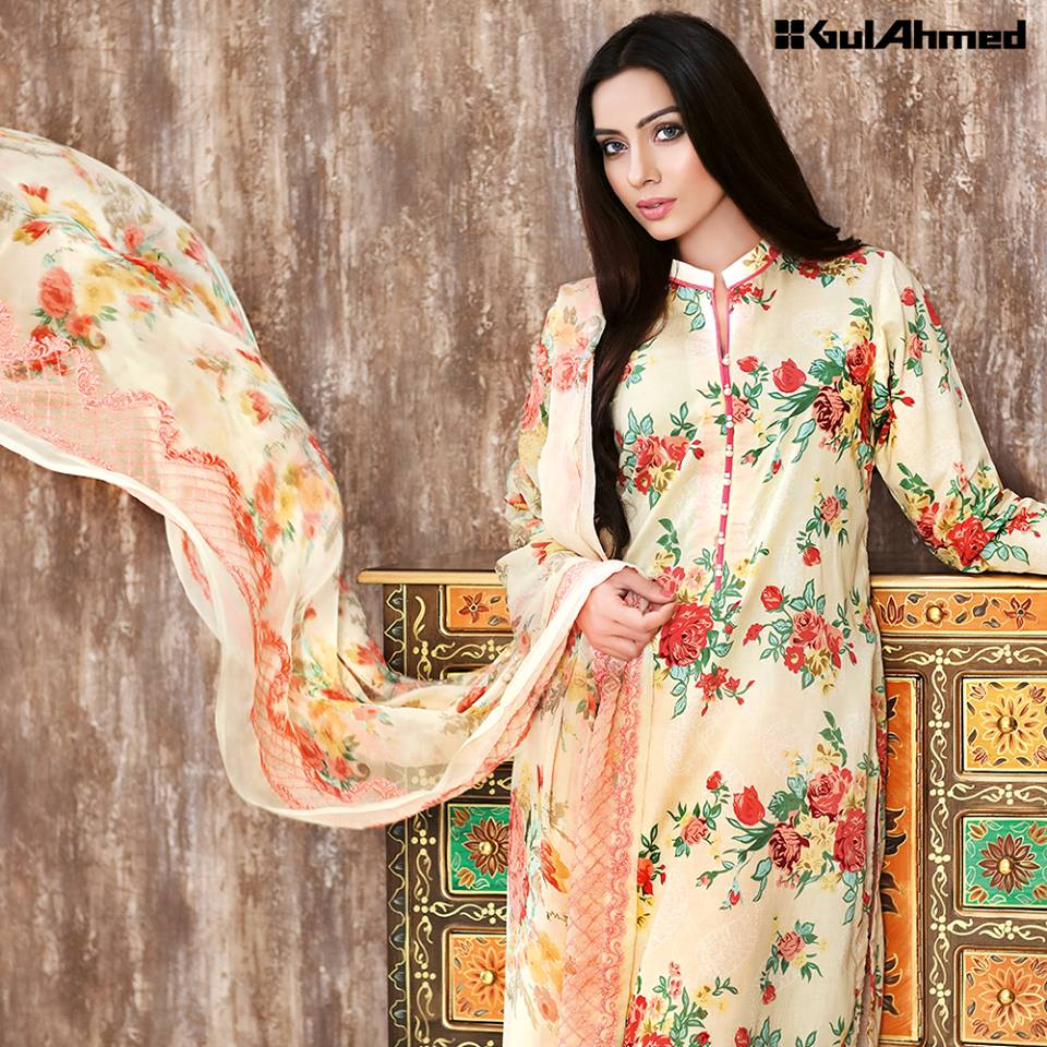 Gul-Ahmad-Floral-Lawn-Summer-Collection-2016-1 26 Most Expensive Women's Clothing Brands in Pakistan 2019