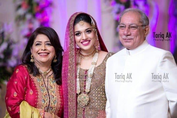 Sanam-Jung-Wedding-Shoot-2-600x400 Sanam Jung Wedding Pics – Dholki Mehndi Barat Walima Pictures