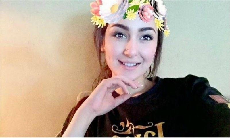 hania Pakistani Celebrities Snapchat-25 Pakistani Snapchat Accounts to Follow