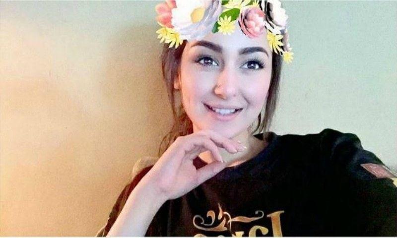hania Pakistani Celebrities Snapchat-25 Pakistani Snapchat Accounts to Follow