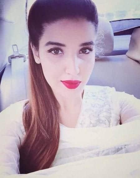 hareem-e1482682175510 Pakistani Celebrities Snapchat-25 Pakistani Snapchat Accounts to Follow
