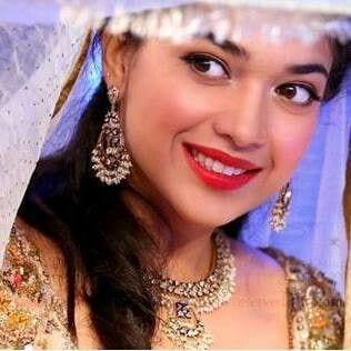sanam-jang-wedding9 Sanam Jung Wedding Pics – Dholki Mehndi Barat Walima Pictures