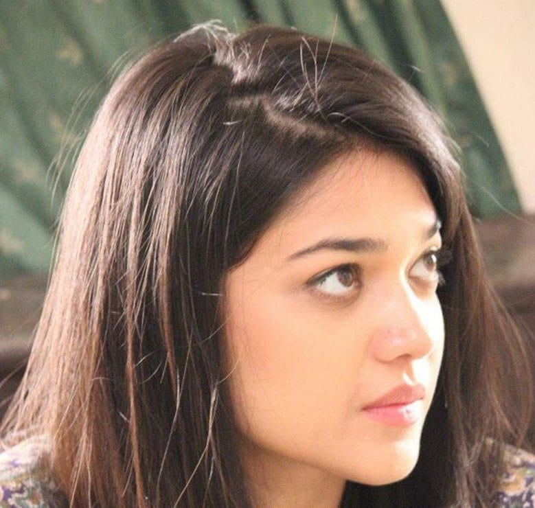 sanam-jung Pakistani Actresses without Makeup-Shocking Photos of Actresses with No Makeup