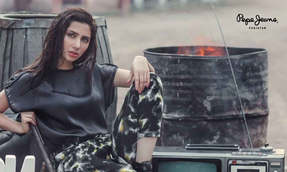 Mahira-Khan-Pepe-Jeans International Brands in Pakistan–List of all Foreign Brands in Pakistan