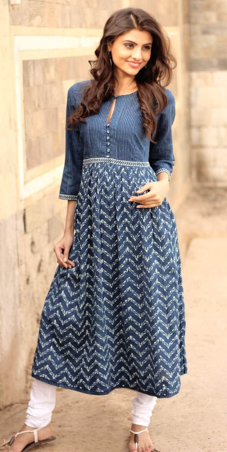 Side-sectioned-hair-with-half-down-curls Latest Kurti Designs 2019 From Top 20 Kurti Designers These Days