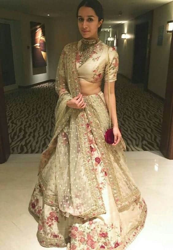 bollywood-style-1 2017 Ghagracholi Designs-20 Latest Lehngacholi Styles These Days