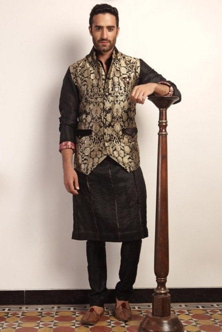 designer-gold-embroidery-jacket-niveditha Engagement Outfits for Indian Men-20 Latest Ideas what to Wear on Engagement