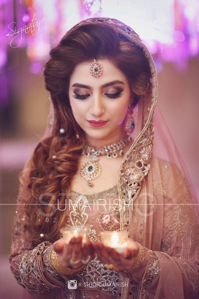 makeup 2017 Ghagracholi Designs-20 Latest Lehngacholi Styles These Days