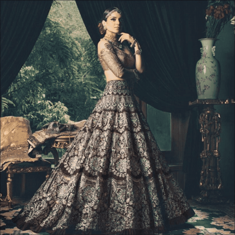manish-bridal-dress Manish Malhotra Wedding Dresses 2017-Top 20 Bridal Dress by Manish Malhotra