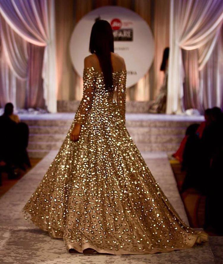 manish-malhotra-bridal-fashion-show-2017-e Manish Malhotra Wedding Dresses 2017-Top 20 Bridal Dress by Manish Malhotra