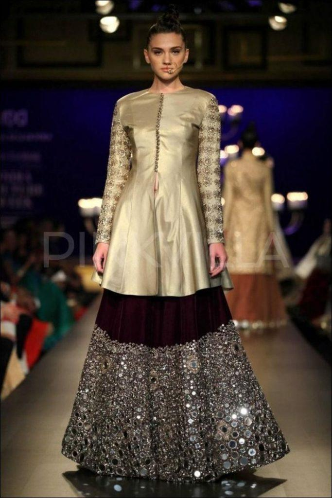 top-manish-malhotra-bridal-dresses-2019-1-683x1024 Manish Malhotra Wedding Dresses 2019 - Top 16 Bridal Dresses by Manish Malhotra