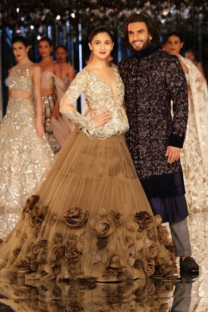 top-manish-malhotra-bridal-dresses-2019-7-683x1024 Manish Malhotra Wedding Dresses 2019 - Top 16 Bridal Dresses by Manish Malhotra
