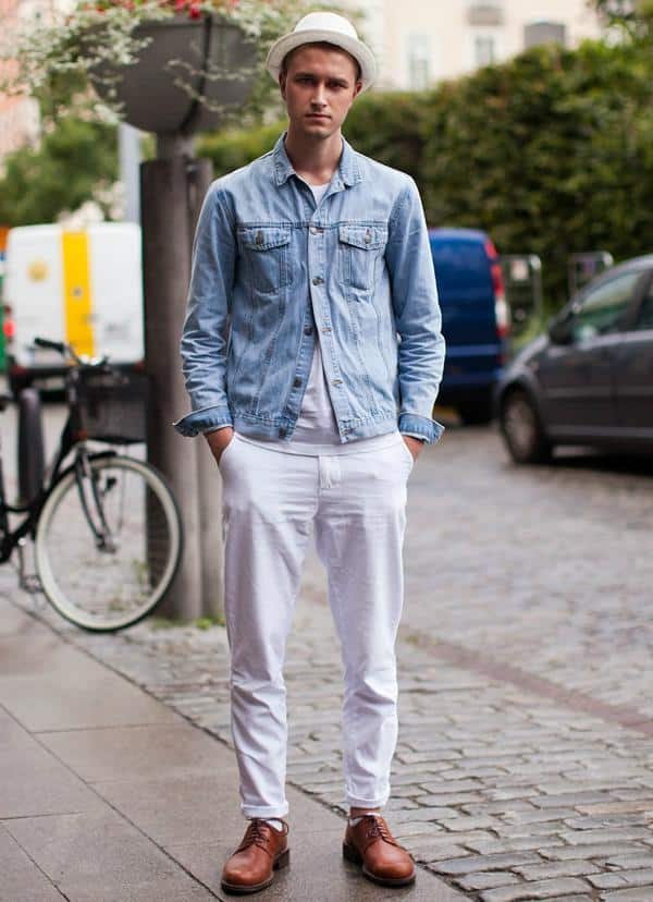 Athletic-Jeans-Style Jeans for Skinny Guys-15 Perfect Ways to Wear Jeans Skinny Guys