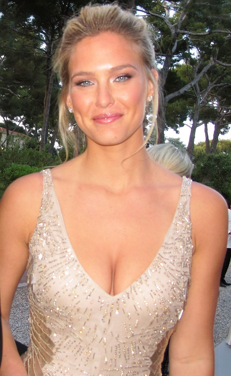 Bar_Refaeli_2011 Cute Jewish Girls - 30 Most Pretty Jewish Women in the World