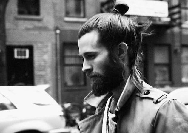 Top-Bun-Style Hairstyles for College Guys-25 New Hair Looks to Copy in 2019