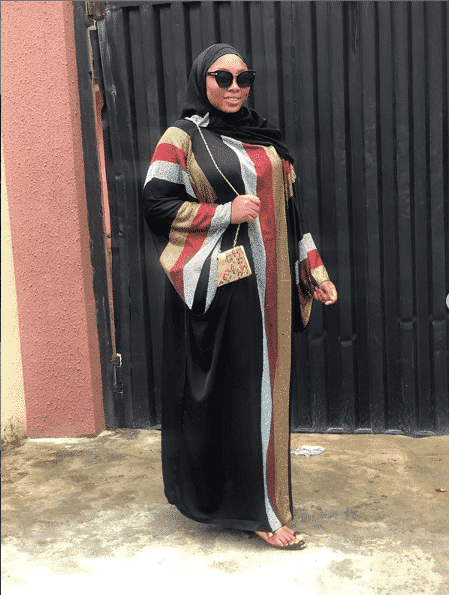 abaya-style-for-plus-sizes 2019 Abaya Designs - 26 New Abaya Styles for Stylish Look