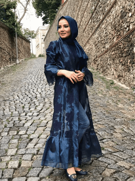 front-open-jacket-style 2019 Abaya Designs - 26 New Abaya Styles for Stylish Look