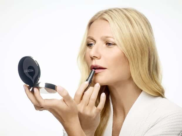 gwen-paltrow-natural-makeup-juice-beauty Healthy Cosmetic Brands-Top 15 Healthy and Organic Makeup Brands