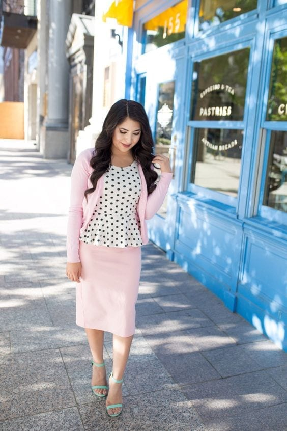pink-suit Church Outfits Ideas for Teenagers-17 Ways to Dress for Church