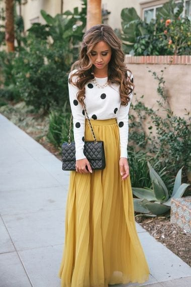 yellow-skirt Church Outfits Ideas for Teenagers-17 Ways to Dress for Church