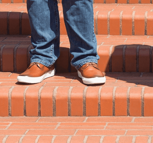 casual-brown-shoes 25 Shoes for Guys with Skinny Legs–Skinny Men Footwear Ideas