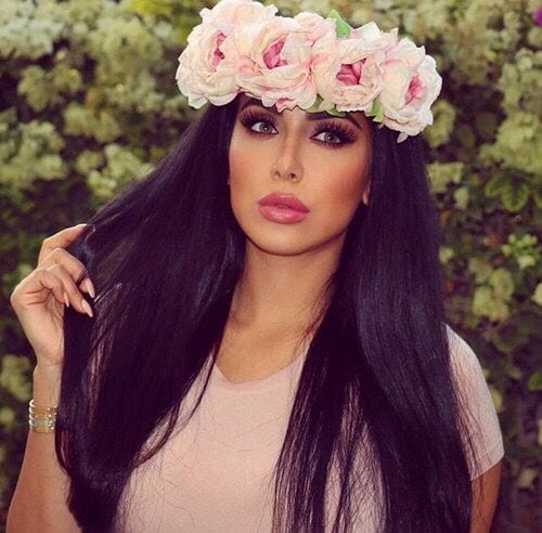 huda-khattan-arab-fashion-blogger Top 10 Arab Fashion Bloggers to Follow in 2018